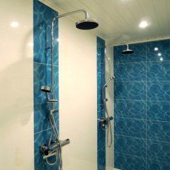 sininen seinäkaakeli